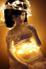 Crown of Light (HoshiBerry ★) Tags: bjd abjd unoa ball jointed doll alchemic labo alchemiclabo gentaroaraki gentaro araki lusis msd girl birthday 2018 wishes new year light lights crown
