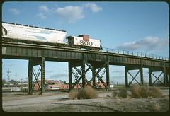 Soo 58 westbound on the Kansas City Terminal High-Line In Kansas City, Kansas 14 November 1992 (redfusee) Tags: soo