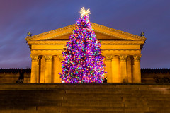 Merry Christmas Eve (joscelyn_p) Tags: philadelphia philly visitphilly christmas christmastree christmaslights christmasdecorations philadelphiamuseumofart museumofart museum architecture canon lightroom longexposure longexpo