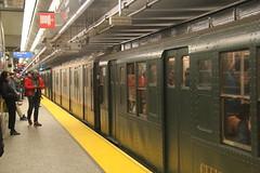 IMG_4429 (GojiMet86) Tags: mta bmt nyc new york city subway train 1930 1937 r1 r7 100 1575 96th street