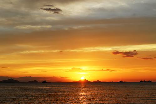 sunset_in_labuan_bajo_pete_beach_by_dansmant-d6p10qb