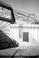 (busy.pochi) Tags: 100iso 135 24x36 35mm bw bessa ilford ilfordpan100 nb nationphotolab ultron voigtländer voigtländerbessar voigtländerultron35mmf17 analog argentique film pellicule lavillette stripe architecture paris ltm m39 monochrome