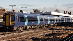 375809 (JOHN BRACE) Tags: 2003 bombardier derby built electrostar class 375 emu 375809 seen tonbridge station southeastern blue livery