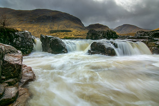 River Etive - Waterfall 2 (1600 pix)