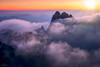 Above the Fray (Hilton Chen) Tags: autumn huangshannationalpark landscape sunset sunbeams dreamy purplecloudspeak dwarfpines seaofclouds anhuiprovince china yellowmountains huangshanshi anhuisheng cn