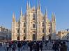 Il Duomo # 1 (schreibtnix on 'n off) Tags: reisen travelling italien italy mailand milan menschen people architektur architecture dom cathedral santamarianascente himmel sky blau blue strukturen structures olympuse5 schreibtnix