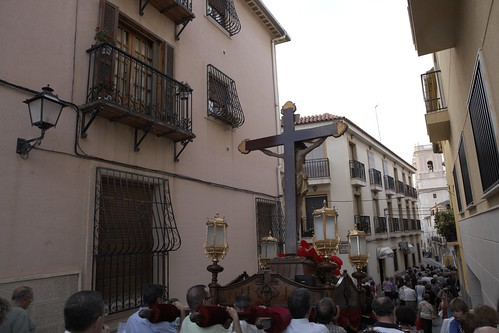 "(2010-06-25) Vía Crucis de bajada - Heliodoro Corbí Sirvent (52) • <a style=""font-size:0.8em;"" href=""http://www.flickr.com/photos/139250327@N06/25355306088/"" target=""_blank"">View on Flickr</a>"