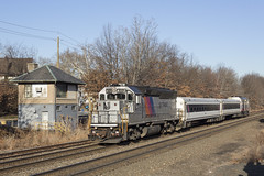 Getting Creative (sully7302) Tags: nj transit passenger emd train rail railroad railway transport new jersey rutherford gp40ph2 4112 cab car bj tower comet iim gp40fh2 metro north erie lackawanna cnj central