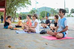 Yoga (Prefeitura do Município de Bertioga) Tags: yoga cultura turismo quiosque bem estar saude prefeitura bertioga verao