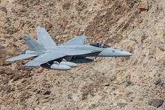 F/A-18E  Super Hornet VFA-136 (live2aviate) Tags: vfa136knighthawks fa18esuperhornet 200400mmf4gvr california mojavedesert starwarscanyon