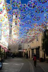 Béziers (September Songs) Tags: béziers francja france languedocroussillon langwedocja rue occitanie parapluies