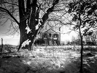 baby, it's cold outside...(house on lonely hill)