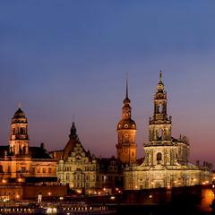 Monuments de Dresden (jjcordier) Tags: dresden allemagne saxe monuments crépuscule église bâtiment