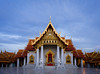 Temple at dawn (CreArtPhoto.ro) Tags: watbenchamabophit coloane asia marbletemple buddha templu curteinteiroara sacred bluehour golden roof architecture thailanda bangkok lions lonely rugaciune