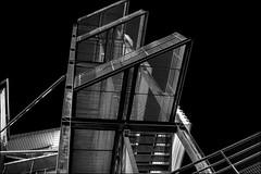 Ascension métallique / Metal ascent (vedebe) Tags: architecture ville city street rue urbain urban escaliers noiretblanc netb nb bw monochrome
