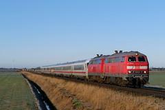 P1430789 (Lumixfan68) Tags: eisenbahn züge intercity ic deutsche bahn loks baureihe 218 dieselloks doppeltraktion marschbahn fernverkehr db