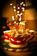 Yankee Candle Gingerbread Men re-worked for Smile on Saturday's theme of Christmas decorations (Xmas deco) (rawdonfox) Tags: yankeecandle gingerbread vignette pixlr tealight present christmas smileonsaturday xmasdeco