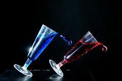 Essais - (Noir et Blanc 19) Tags: verres renversant éclaboussures sony a77