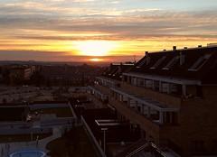 A new sunrise (Jotha Garcia) Tags: huawei huaweip8 amanecer sunrise sky cielo vistas landscape nubes clouds colores colors sunrisecolors jothagacia diciembre december 2017