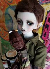 Bad Boy charm (TiniQueenie) Tags: peakswoods peaks woods knox knoxthemonster bjd abjd