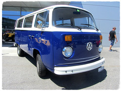 VW Combi T2b (v8dub) Tags: vw combi t 2 b schweiz suisse switzerland langenthal volkswagen lieferwagen kombi transporter van vanagon bulli bus pkw voiture car wagen worldcars auto automobile automotive aircooled old oldtimer oldcar klassik classic collector