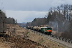 A Belarusian 2TE10 in the hills east of Daugavpils (berlinger) Tags: ludvikovadzelzceļa4285km lettland бч bch latvia train railways locomotive 2тэ10 2te10
