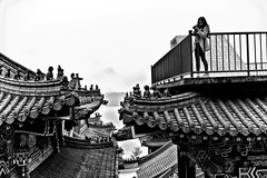 Sun Moon Lake Wen Wu Temple (leopc.lin) Tags: building archiecture temple sunmoonlake candid bw people noctiluxm 50mm f095 asph
