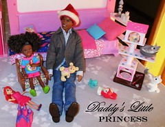 Daddy's little Princess (flores272) Tags: aachelsea aaken aabarbie aadoll christmas ariel arieldoll cattower liccachan liccachancattower barbiefurniture doll dolls toy toys