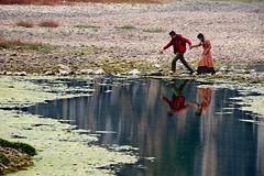 Follow me (MelindaChan ^..^) Tags: guilin china 桂林 lijiang river 灕江 烏桕灘 chanmelmel mel melinda life