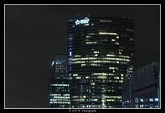2018.01.02 La Défense by night 7 (garyroustan) Tags: paris france french iledefrance ile island building architecture ville ciudad city nuit night light color noche noel christmas navidad fetes fete feliz joyeux defense