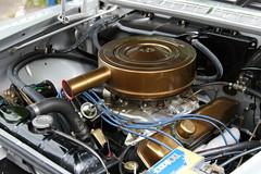 Imperial Engine, 1960, 413 CID (Triple-green) Tags: iphotooriginal 2007 413cid auto canon24105mm14l canoneos30d engine kaunitz strasenkreuzertreffen uscar v8