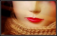 (Caro Rolando) Tags: boca roja bocaroja rojo labios beso dulzura invierno