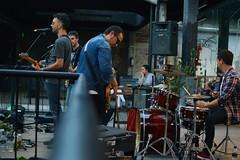 pelicanos (_Joaquin_) Tags: pelicanos en vivo joaquin lapizaga nikond3200 35mm18g montevideo uruguay 2017 banda live revolver feria