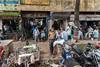 Scène de rue, Calcutta, Bengale occidental, Inde (Pascale Jaquet & Olivier Noaillon) Tags: ambiance scènederue calcutta bengaleoccidental inde ind