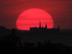 Sun over Kronborg (TureBlådåre) Tags: helsingborg kronborg sunset red sun sweden denmark öresund