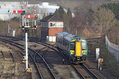 172212 Class 172/2 Turbostar DMU (Roger Wasley) Tags: 172212 class172 turbostar dmu dieselmultipleunit westmidlandstrains droitwichspa stourbridgejunction worcester middle siding station trains railways uk worcestershire