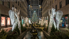 Rockefeller Center (20171209-DSC04202) (Michael.Lee.Pics.NYC) Tags: newyork rockefellercenter christmas christmastree holiday winter night architecture symmetry 30rock angels fountain sculptures sony a7rm2 fe1635mmf4g