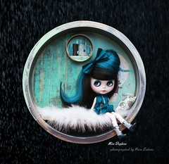 Daphne bubble (pure_embers) Tags: pure embers blythe doll dolls laura england uk custom gbaby beamer miss daphne missdaphne takara neo hair black teal mohair reroot girl photography beautiful visitor bubble snow krokuss chuthings