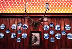 Mounted antlers. (Fotofricassee) Tags: plates antlers spätzle cuisine german springfield restaurant prince student studentprince