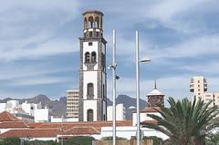 Spain Tenerife / Santa Cruz de Tenerife (h_j.sauermann2021) Tags: 2017 20171209spainteneriffa spain tenerife teneriffa sun holiday landscape light colours bright town santacruz nuestraseñoradelaconcepción