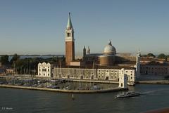 Venecia (chacalhg) Tags: atenas granmistral pireo crucero