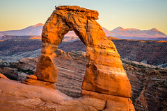 Delicate Arch at sunset (bumeister1) Tags: arches archesnationalpark delicatearch utahtrip2017 redrock utah nikon landscape fall autumn