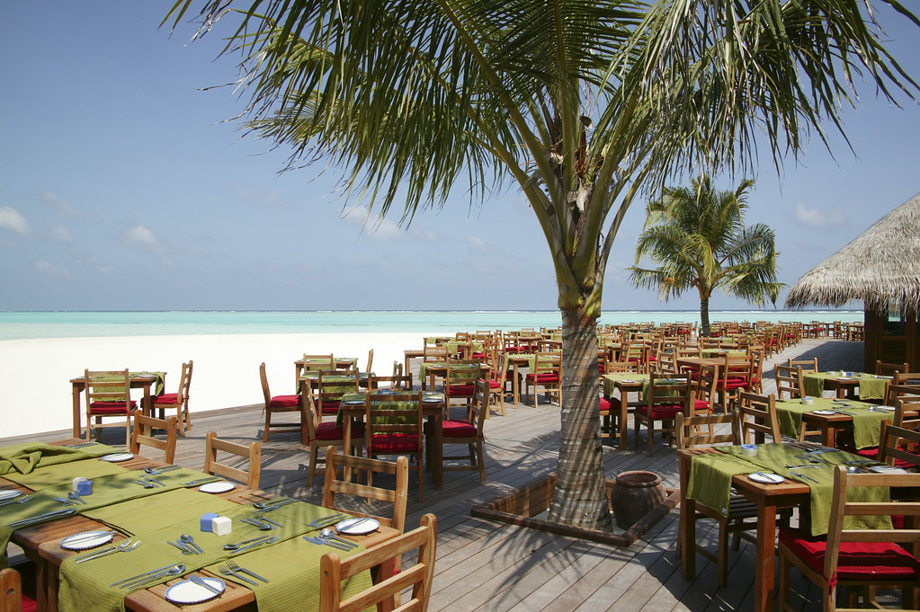Maalan Restaurant Deck
