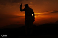 Silhouette Portrait (Muntazir Khan) Tags: portraits canonphotography sunset sundown silhouette silhouetteportrait dramatic sunburn