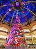 Sapin de Noël/ Christmas tree, Galeries Lafayette,Paris (maradesbois79) Tags: paris galerieslafayette sapindenoel christmastree merrychristmas joyeuxnoel ballons balloons candy bonbons couleurs colours panasonic lumix gm5 noel2017 christmas2017