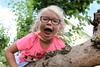 7638 (RebeckaEA) Tags: astrid girl blonde sweden dutch happy smile goofy treeclimbing