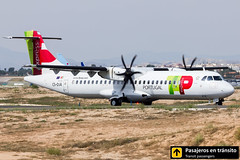 ATR 72 TAP Portugal Express Aveiro CS-DJA (Ana & Juan) Tags: airplane airplanes aircraft airport aviation aviones aviación atr atr72 tap portugal express taxiing alicante alc leal spotting spotters spotter iialcspotterday planes canon closeup propeller turboprop