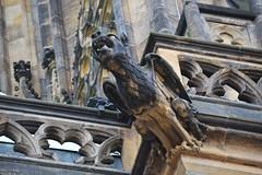 Gargoyles - 37 (fotomänni) Tags: gargoyles gargouille skulptur sculpture skulpturen steinfiguren prag praha prague veitsdom manfredweis