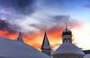 Le Guglie di San Candido (Gio_ guarda_le_stelle) Tags: sunset italy sera tramonto sancandido innichen church afterglow cityscape landscape snow rooftops quiete quiet atmosphere dolomiti dolomiten dolomites