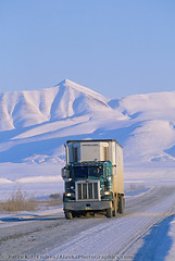 200078-11 (alaskantrucker379) Tags: al 2000 alaska arctic brooksrange film gravelroad haulroad highway interior jamesdaltonhighway mountain north northamerica philipsmithmountains road roadway semi snow tractor transport transportation truck trucking vertical weather white winter unitedstates